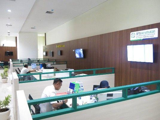 TERUS DILENGKAPI: Suasana di dalam Mal Pelayanan Publik (MPP). Beberapa fasilitas akan ditambahkan.