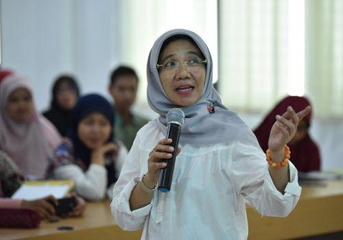 Kabid) Guru dan Tenaga Kependidikan (GTK) Dispendik Surabaya, Mamik Suparmi