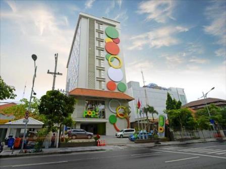 KEJAR OKUPANSI: Salah satu hotel budget di kawasan Jalan Diponegoro Surabaya.