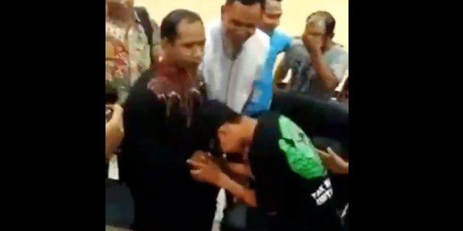 MEDIASI: AA minta maaf kepada gurunya Nur Khalim.