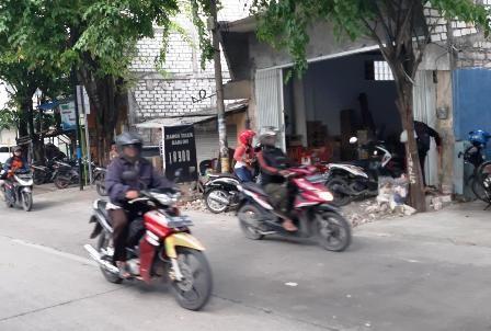 LOKASI: Lokasi pencurian sepeda motor Honda Beat di Pasar Cerme.