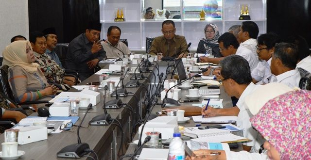 SERIUS:  DPRD Kabupaten Gresik memanggil BBWS Bengawan Solo untuk menyelesaikan permasalahan banjir Kali Lamong.