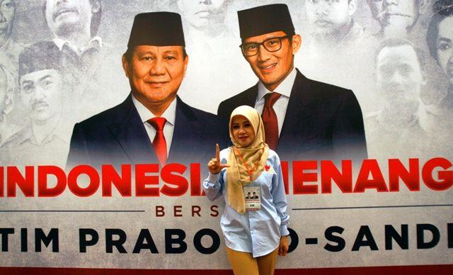 HADIR: Asrilia Kurniati caleg DPRD Provinsi Jawa Timur Dapil 1 Surabaya dari Partai Gerindra saat menghadiri kampanye Prabowo-Sandi di Surabaya.