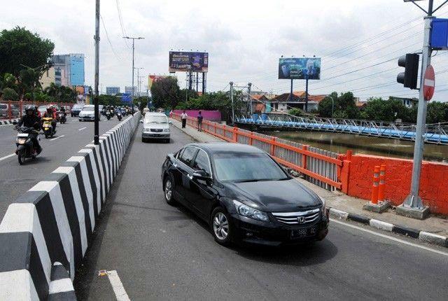 LANCAR: Jembatan Joyoboyo yang tembus ke FR Wonokromo.