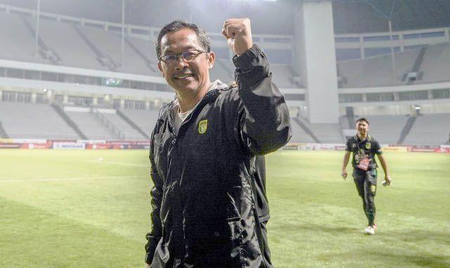 OPTIMIS: Coach Persebaya, Aji Santoso.