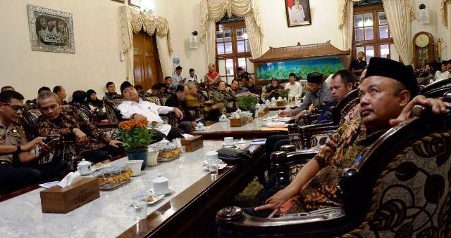 GAYENG: Audiensi pilkada antara Pemkab Sidoarjo dan Komisi II DPR RI di Pendapa Delta Wibawa.