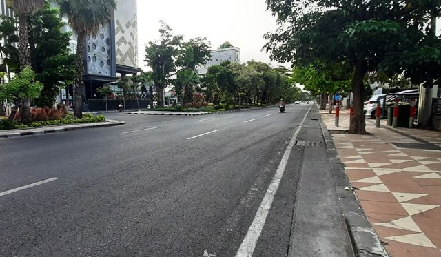 TKP JAMBRET: Lokasi penjambretan di Jalan Diponegoro.