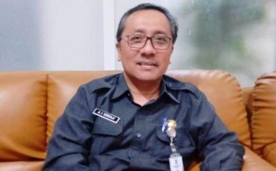 Kepala Dispendukcapil Kota Surabaya Agus Imam Sonhaji