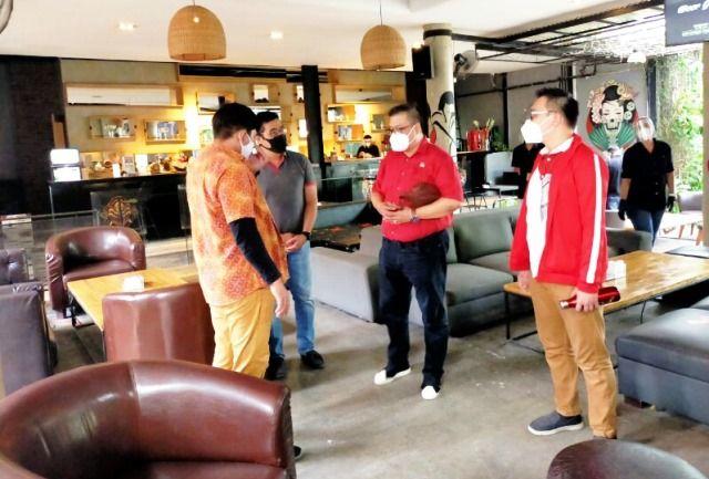SIDAK: Komisi B DPRD Kota Surabaya pastikan PPKM di salah satu kafe di Surabaya.