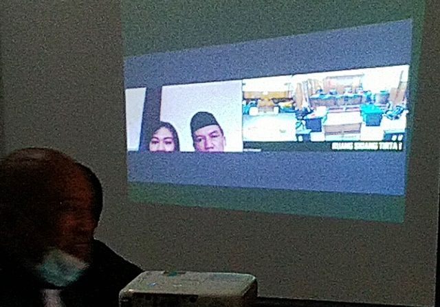 KOMPK: Erwan Kurniawan dan Mega Putri Septiyani disidang secara virtual.