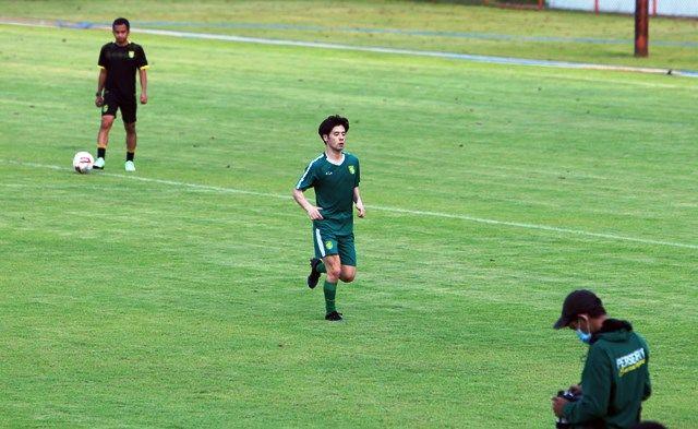 TRAINING: Taisei Marukawa langsung bergabung ikut latihan Persebaya.