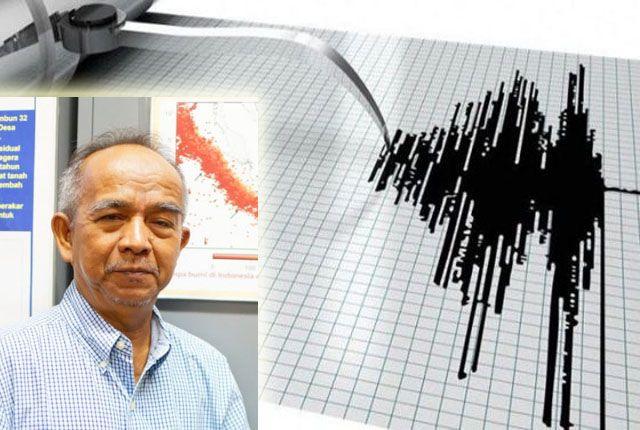 Tiga pakar geologi ITS yang dipimpin Amien Widodo merancang alat pendeteksi dini tsunami memanfaatkan refleksi gelombang.