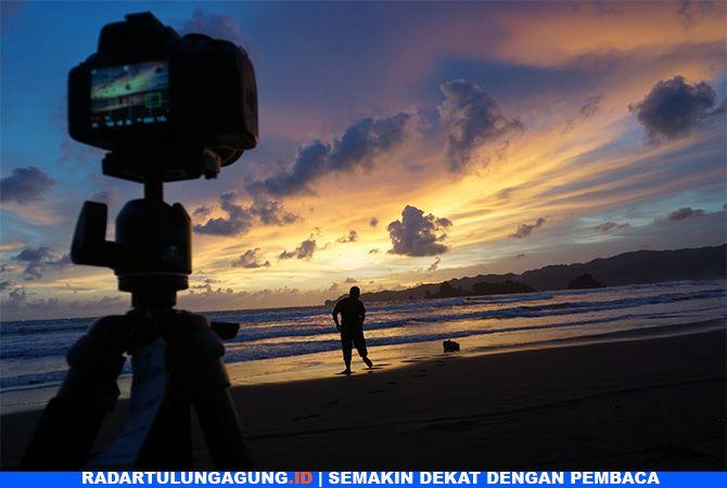 INDAH : Sunset di Pantai Konang