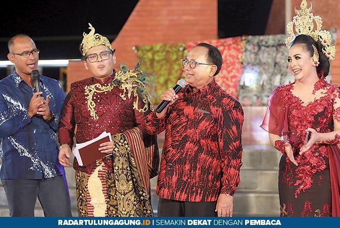 Blitar Palah Festival Hipnotis Ribuan Warga