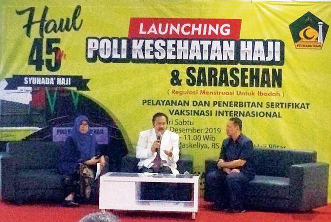 GAMBLANG: Hj Muthomimah Yasin Yusuf dan dr Djamil Suherman (paling kanan) jadi narasumber yang dipimpin Direktur RS Syuhada Haji dr Mafrurrochim Hasyim.