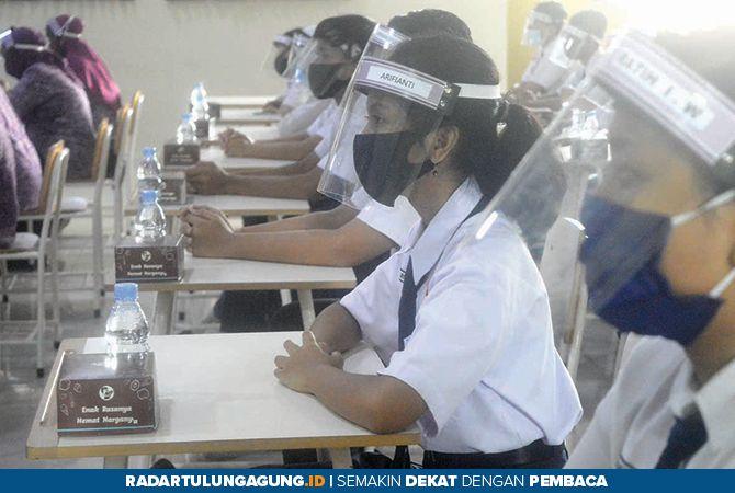 ANTUSIAS : Siswa kelas X mengikuti MPLS Online 13 Juli Lalu
