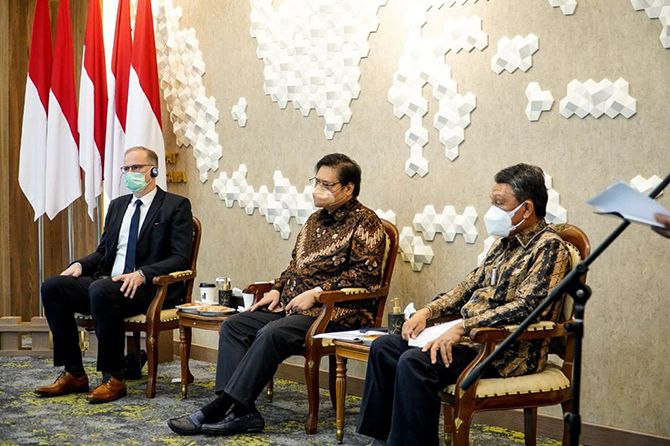 Mempercepat Pembangunan Rendah Karbon di Indonesia