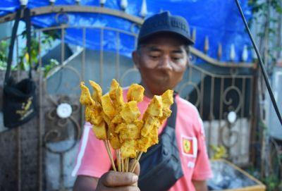 Khas Kampung Jawa; Berbuka Dengan Sate Puting Susu