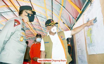 Kepala Bnpb Bersama Kapolda Bali Kunjungi Posko Tanah Longsor