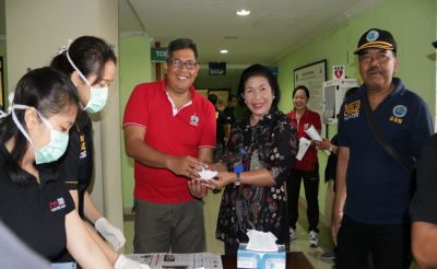 Datangi RSD Mangusada, BNNK Badung Tes Urine 120 Tenaga Medis