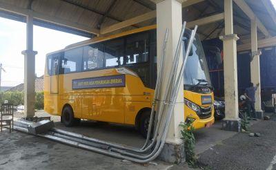 Proyek Mubazir, Bus Bantuan Kemenhub Setahun Dibiarkan Mangkrak