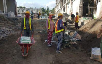 Proyek Pasar Banyuasri, Koster Janji Beri Suntikan Dana Tahun Depan
