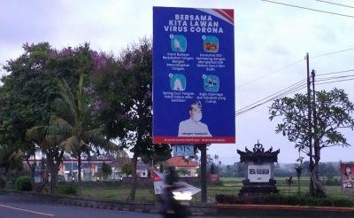 Pajang Foto Presiden Jokowi, Paslon Tamba–Ipat Bantah Reklame Kampanye