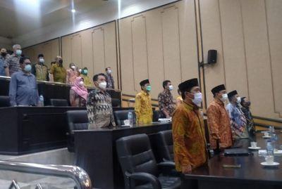 Usai Disentil Bupati, Dewan Kompak Hadiri Paripurna LKPJ