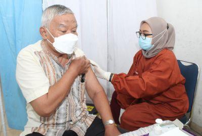 Vaksinasi Empat Kecamatan di Kabupaten Jombang Rendah