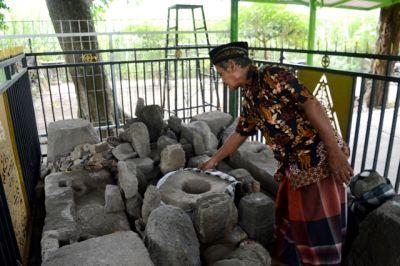 Zaenuri, Menjaga Situs Calonarang dari Aksi Vandalisme