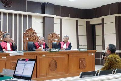 Di Hadapan Hakim, Shofian Akui Jual Dua Mobil untuk Menyuap Tamzil