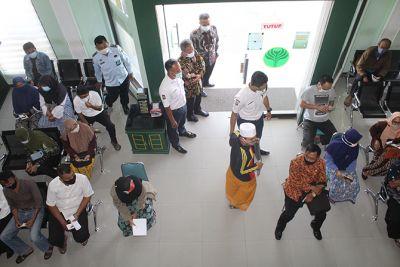 Direktur BPRS Sumekar Sembari Tunggu Hasil UKK OJK