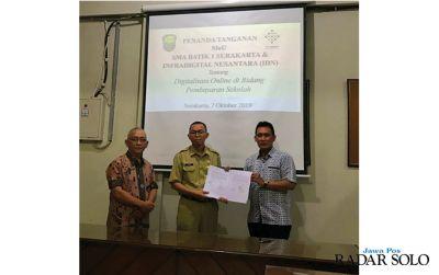 SMA Batik 1 Surakarta Pelopor Digitalisasi Keuangan