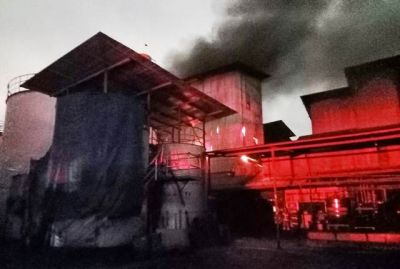 Ditinggal Libur Lebaran, Pabrik Minyak Goreng Ikan Dorang Terbakar