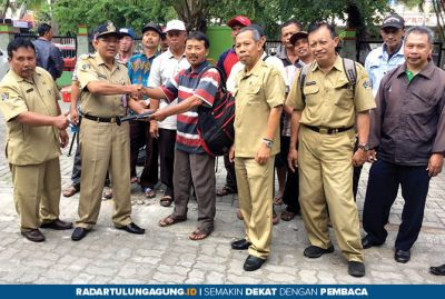 Dispertapa Kabupaten Blitar Gelontor Alsintan untuk Kelompok Tani