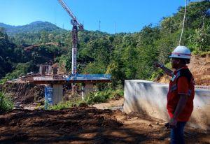 Terkendala Cuaca, Proyek Short Cut di Pegayaman Gunakan Pawang Hujan