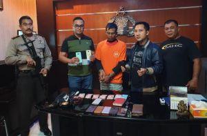 Aksi Jongkel Jok Terekam CCTV, Harianto Dibekuk Polisi
