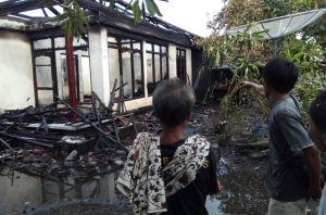 Ditinggal Pulang Kampung, Rumah di Subagan Terbakar
