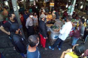 Tak Mau Diswab, 16 Pedagang Pasar Abiantimbul tak Diizinkan Berjualan