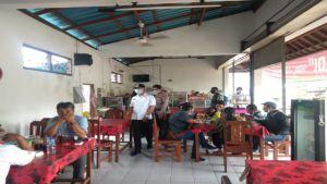 Rumah Makan di Blahbatuh Disidak, Jarak Tempat Duduk Bermasalah