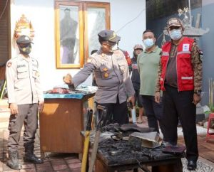 PMI Klungkung Bantu Korban Kebakaran di Gunaksa