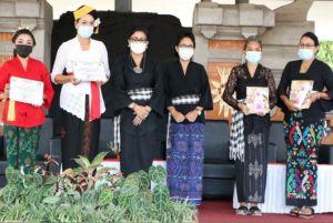 Pelatihan Etika Busana Adat, Cegah Degradasi Budaya