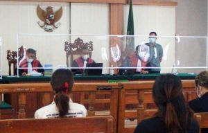 Hakim Tolak Eksepsi Zainal Tayeb
