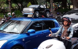 Mobil Angkut Mobil