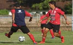 Siap Jalani TC Timnas, Irfan Antusias Pelajari Taktik Coach Simon