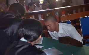 Terbukti Jadi Kurir Sabu, Lesu Setelah Dituntut 14 Tahun Bui