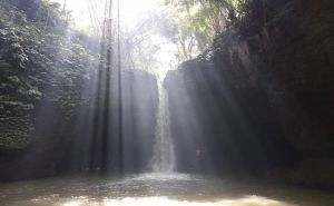 Permak Akses Jalan Masuk, Air Terjun Suwat Tawarkan Aura Spiritual