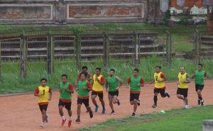 Dikaitkan dengan Irfan Bachdim, Respons Persib Bandung Tak Terduga