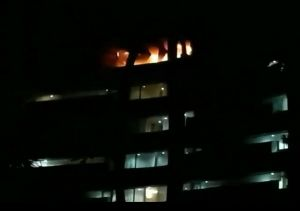 Hotel Terbakar Diduga Korslet, Tiga Orang Alami Lemas dan Sesak Napas