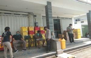 Jebol Plafon Minimarket di Jembrana, Pencuri Gasak Uang dan Rokok